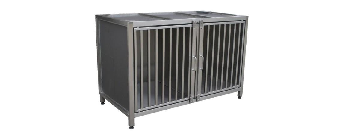 Tierkäfige und Inkubatoren